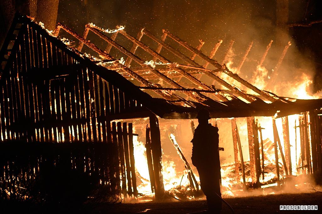 Brand vid Karlslund